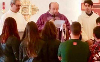 Consegna della Croce ai Cresimandi 2019.